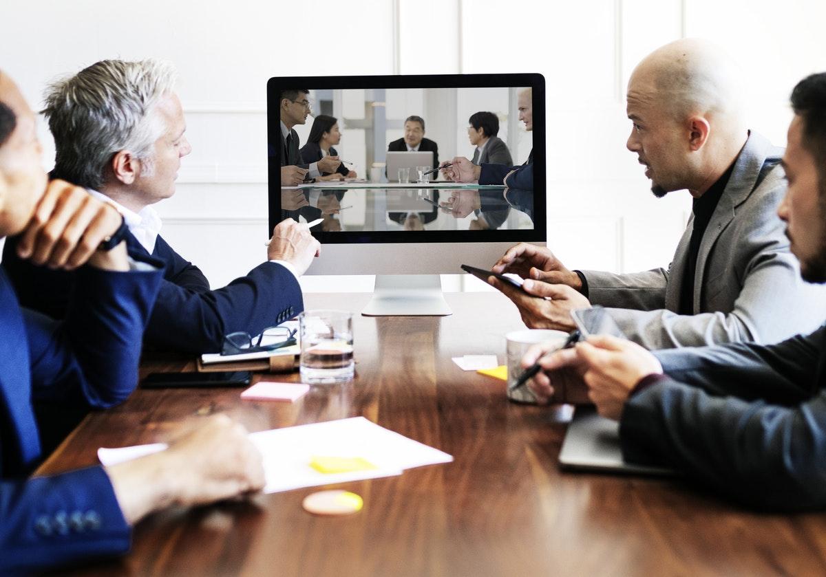 Webcasting vs VideoConferencing